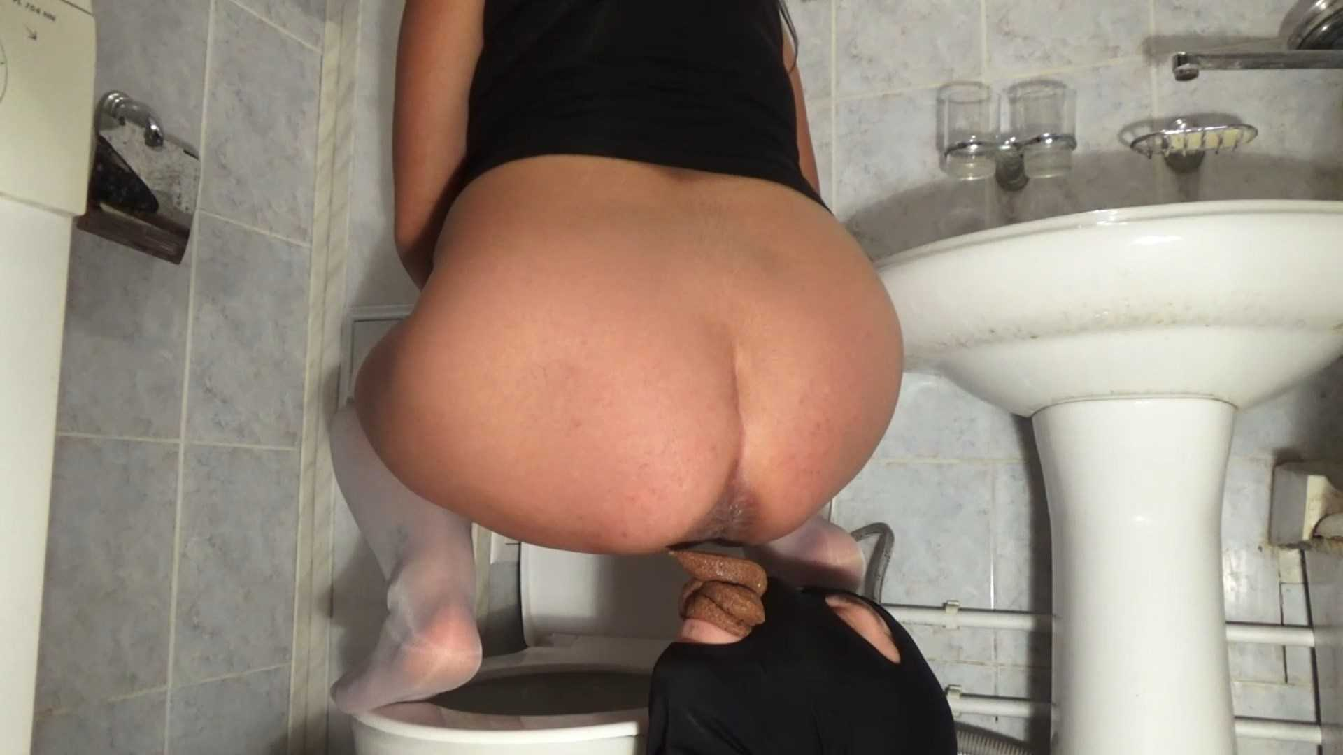 Mistress Nikole shit in the mouth | Breakfast of shit| Toilet mouth | Full HD 1080p | April 25, 2017